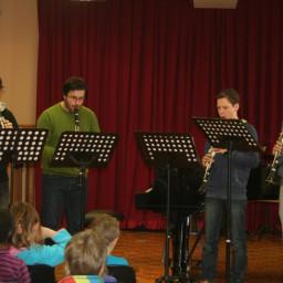 Kvartet klarinetov: Lenart Malavašič Rok Trtnik Žiga Abram Jakob Bobek, prof. 11. 2. 2015