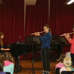 Katja Urbančič, flavta Maruša Jaklič, flavta Katja Zabukovec, klavir 18. 2. 2015