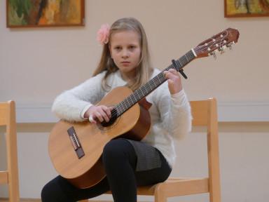 Razredni nastop učencev kitare učitelja Sebastjana Grego