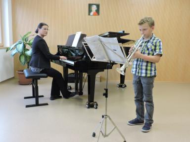 Razredni nastop pianistov z gosti