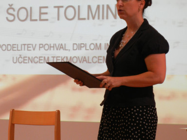 Nastop absolventov GŠ Tolmin in podelitev diplom in daril učencem tekmovalcem