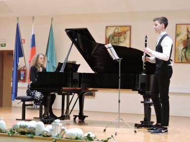 Luka Vovk in Nena Rion