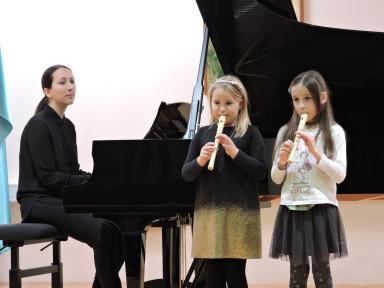 Dora Lipušček, Kaja Šavli in Ana Souza Leban