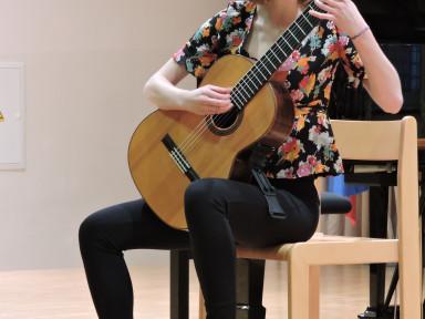 Nina Čebokli