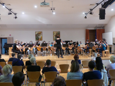 Orkestrski večeri - Kitarski, Mlajši godalni in Mladinski pihalni orkester GŠ Tolmin